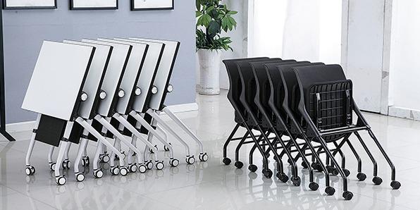 学生课桌椅厂桌子的实拍图1