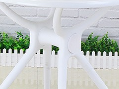 高校休闲区桌椅细节展示2