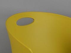 高校食堂餐桌椅细节展示2
