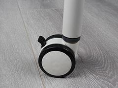 录播室桌椅细节展示4