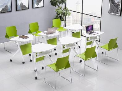 学校智慧教室课桌椅实拍组合5