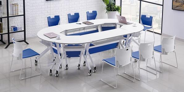 智慧课堂桌椅实拍场景2