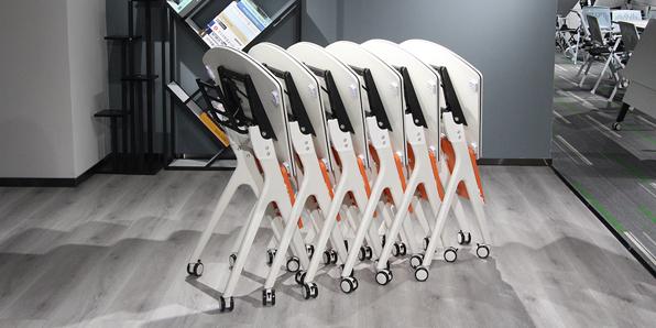 学生课桌椅厂家直销实拍图2