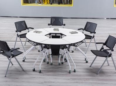智慧拼合桌椅实拍场景3