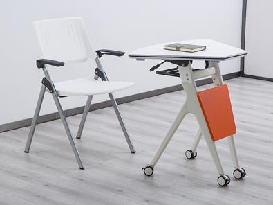 智慧课室桌椅实拍场景5