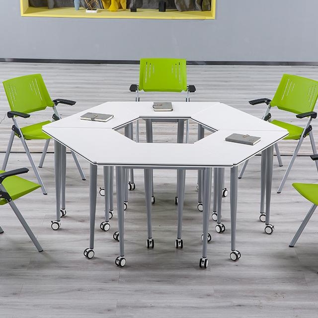 多功能大学教室课桌椅拼接组合图