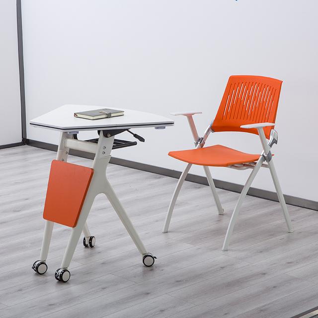 学生课桌椅厂家直销