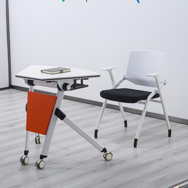 单人课桌椅不同角度展示3