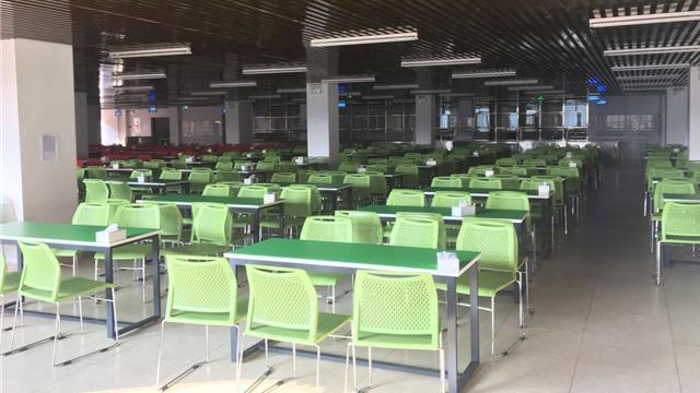 河南工业大学饭堂桌椅