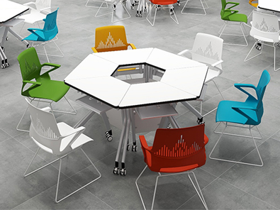 图书馆阅览室桌椅实拍场景3