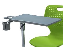 阶梯教室课桌椅细节展示