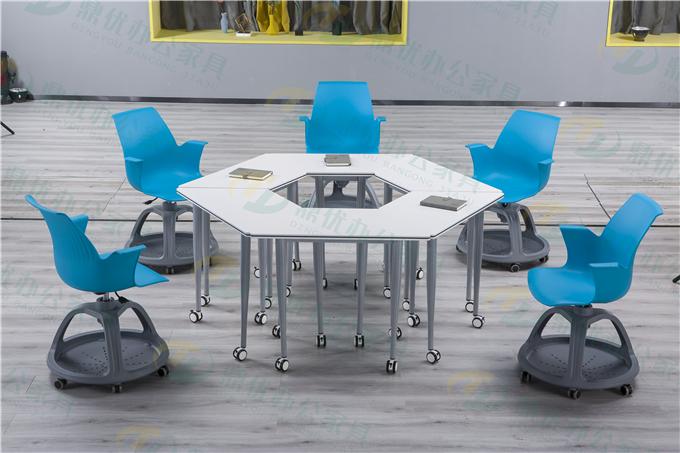 智慧教室梯形桌椅